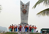 Hạ Long Khánh Thành Bia Di Tích