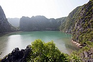 Kỳ Thú Hồ Ba Hầm - Hạ Long