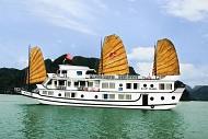 Vịnh Hạ Long:lượng khách tăng 30% trong dịp nghỉ lễ 02/09