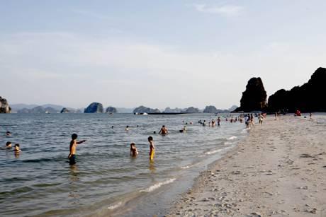 Tour du lịch hạ long - Vân Đồn là một huyện đảo của tỉnh Quảng Ninh, Việt Nam