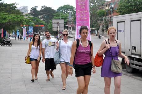 Dịp Nghỉ Lễ, Quảng Ninh Đón Trên 50 Vạn Lượt Du Khách