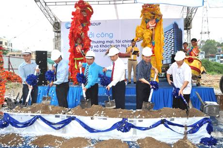 Time Tower khách sạn 5 sao đầu tiên tại Hạ Long,time tower khach san 5 sao dau tien tai ha long_1378711017Time Tower - khách sạn 5 sao đầu tiên tại Hạ Long